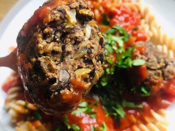 Healthy High-Protein Vegan 'Meatballs'