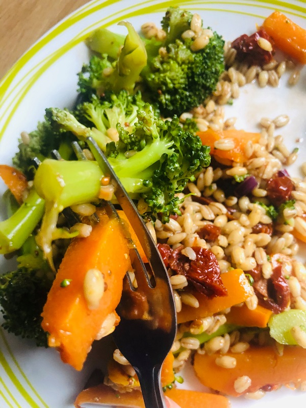 Nutritious Squash & Barley Salad With Balsamic Dressing