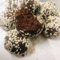 3-Ingredient Sesame Seed Bites