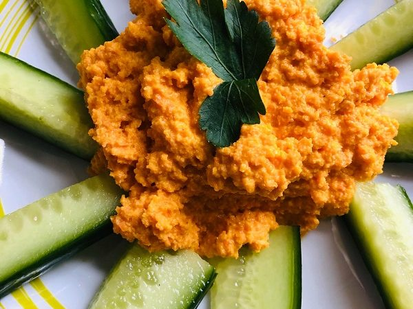 Easy Healthy Raw Carrot Hummus