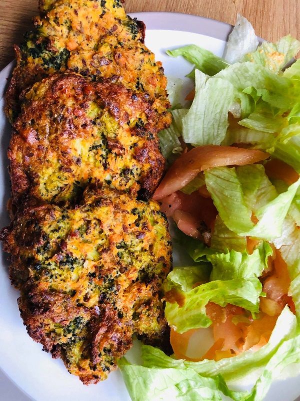 Easy Healthy Broccoli Fritters With Vegan Spiced 'Cheddar' Dip