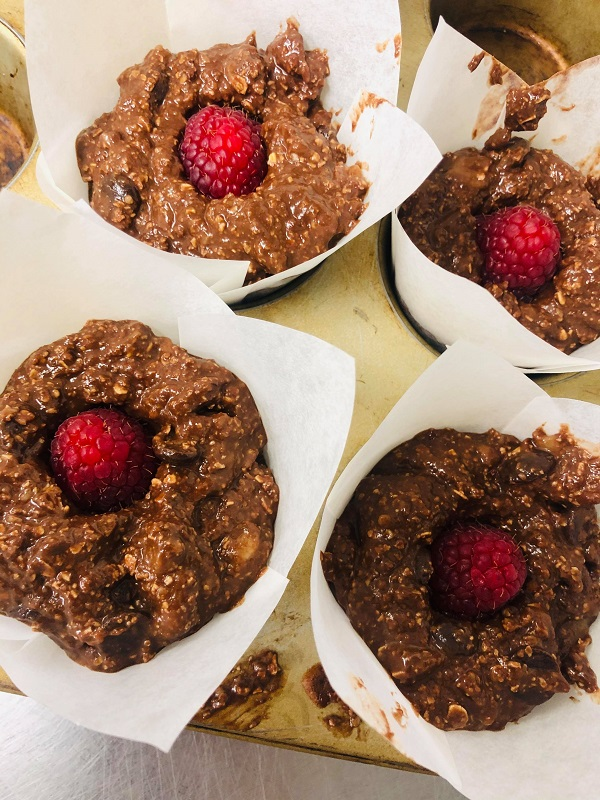 Healthy Vegan Moist Raspberry & Chocolate Muffins