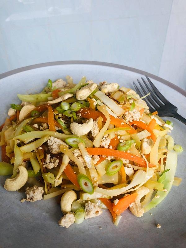 Easy Healthy Vegan Asian Slaw Salad