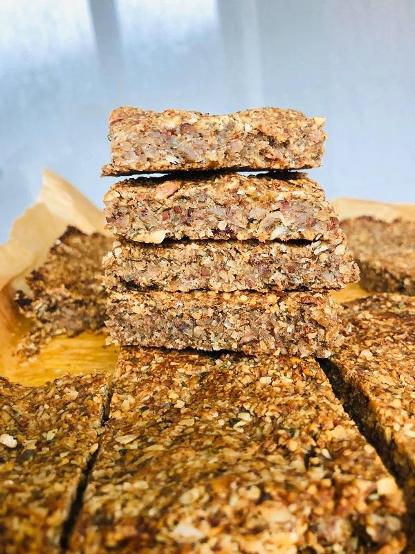 5-Ingredient Vegan Caramelized Banana & Nut Bars