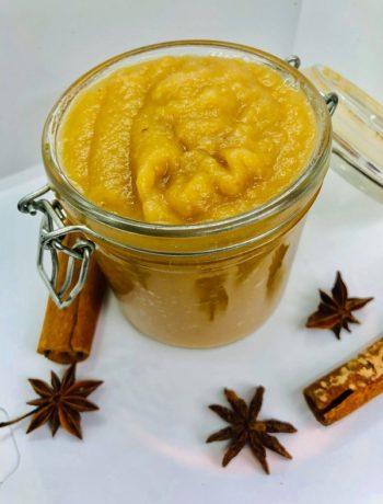 15-minute Caramelised Apple Sauce