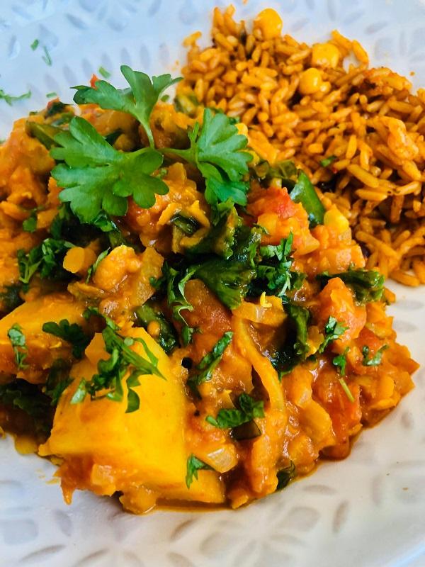 Easy Vegan Lentil & Potato Mahkani Curry