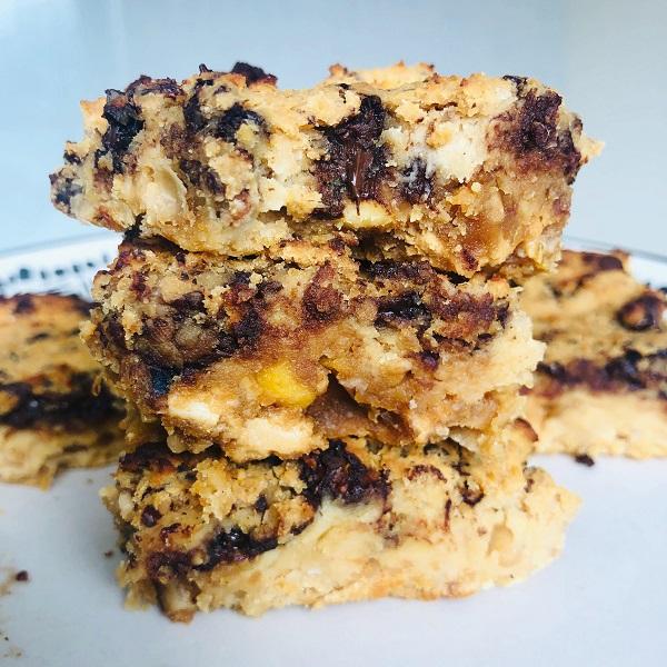 Healthy Vegan 5-Ingredient Chickpea Chocolate Bars