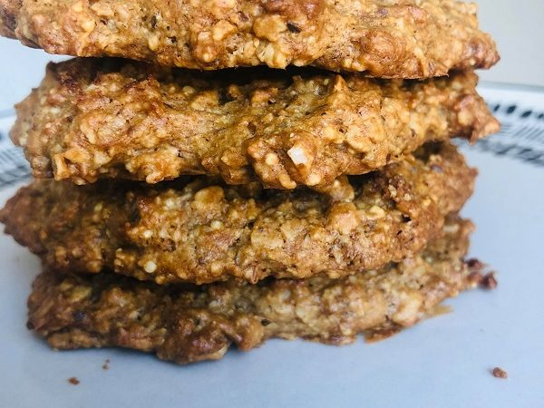 Easy Vegan Gluten-Free Peanut Oatmeal Cookies
