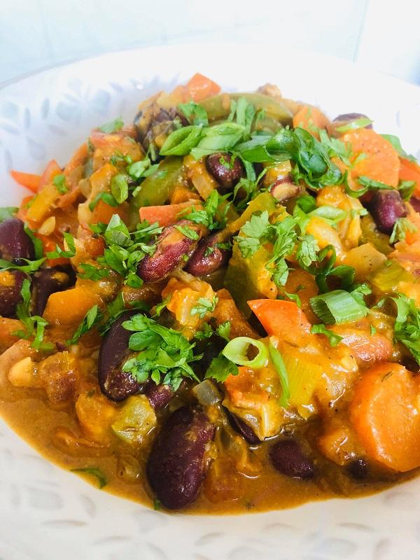 Easy Vegan Creamy African Peanut & Bean Stew