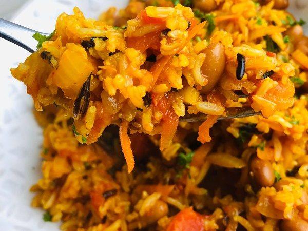 Easy Vegan Spanish Rice With Veg & Beans