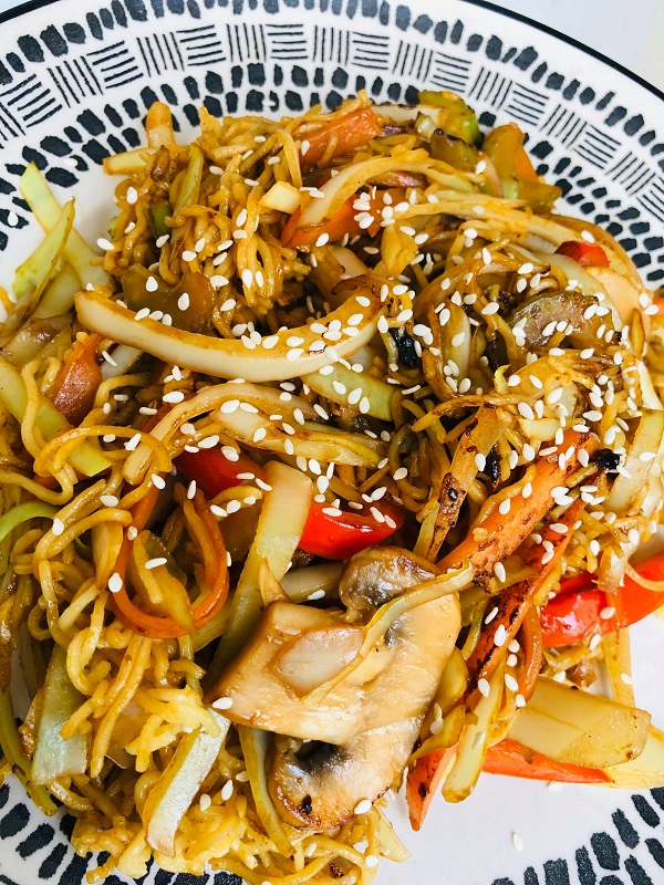 Easy Healthy Vegan Vegetable Chow Mein