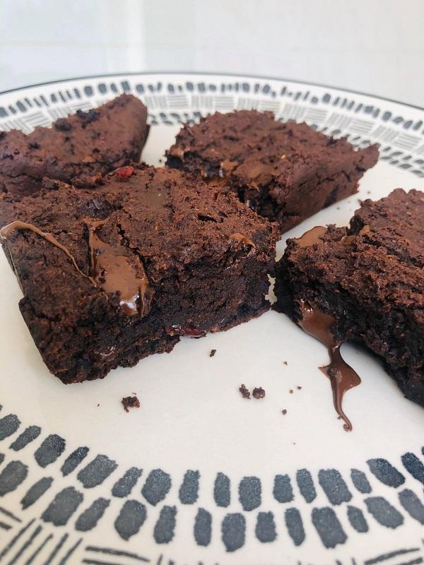 Incredibly Healthy Vegan Gluten-Free Fudge Brownies
