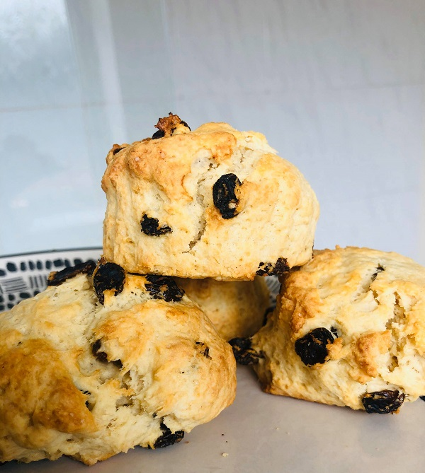 Easy Fluffy Vegan Scones