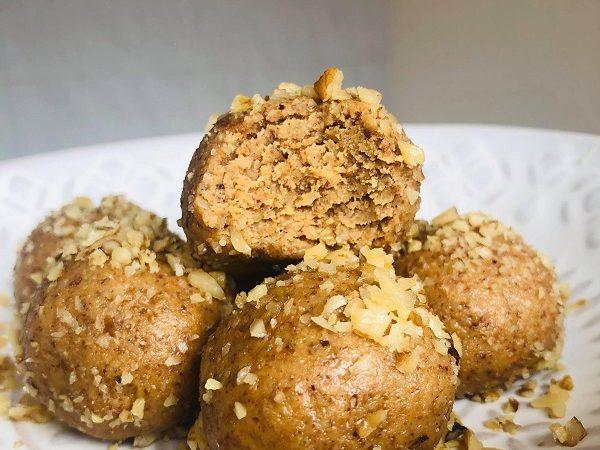 5-Minute 3-Ingredient 3-Nut Energy Bites