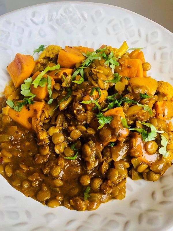 Easy Vegan Creamy Lentil & Sweet Potato Curry