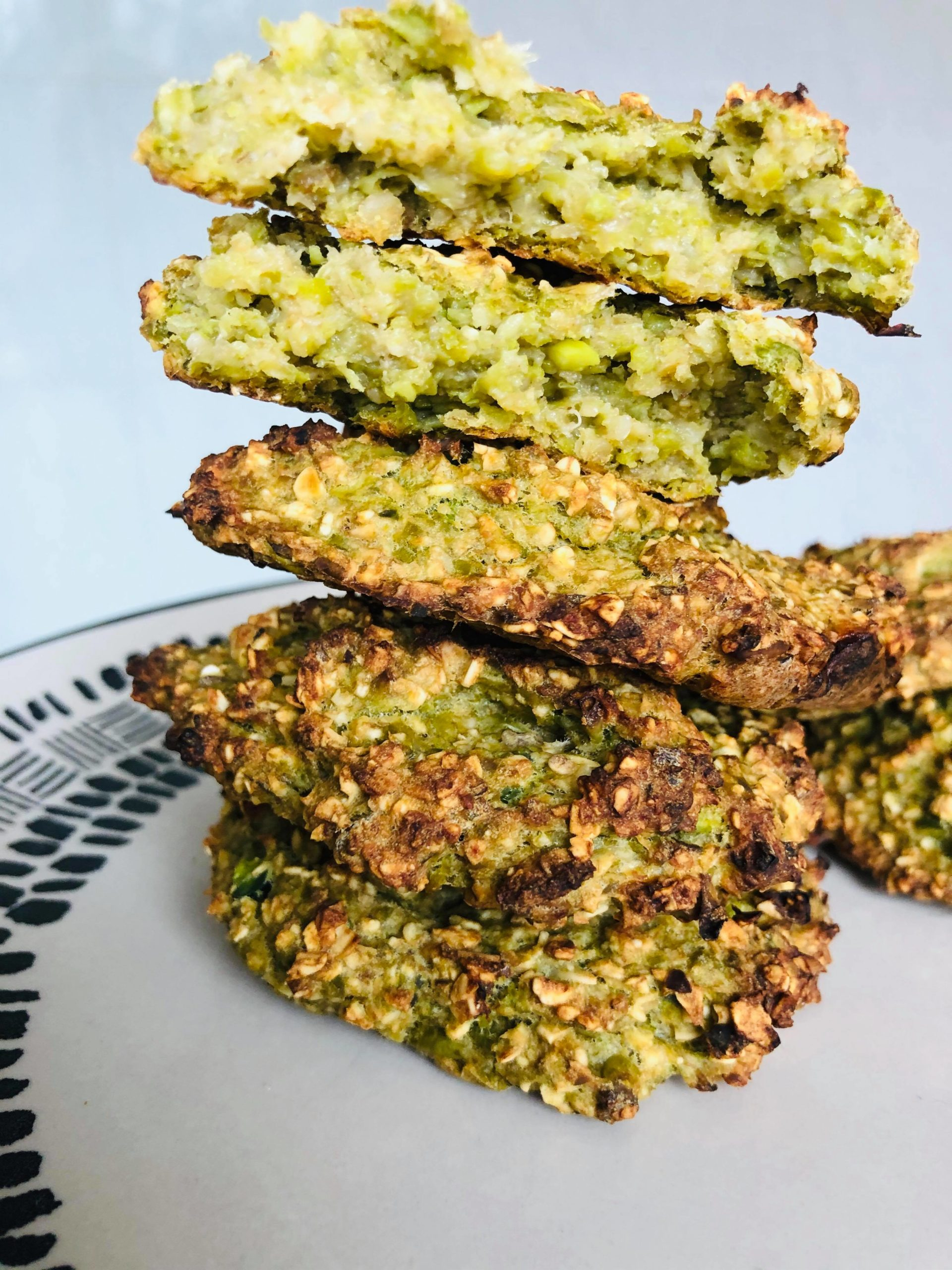 3-Ingredient Healthy Gluten-Free Oatmeal Cookies