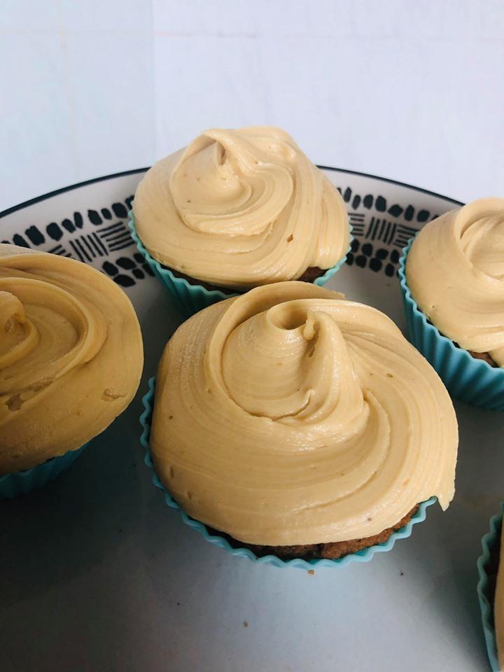Super Easy Vegan Biscoff Cupcakes