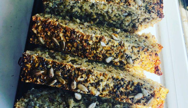1-Bowl Incredibly Healthy Vegan Oatmeal Bread