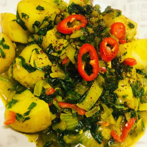 Easy Vegan Aloo Palak (Spinach Potato Curry)