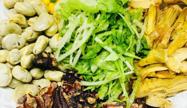 Quick Easy & Healthy Vegan 'Chicken' Salad
