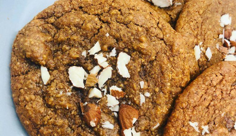 Easy Vegan Soft Pumpkin & Almond Cookies