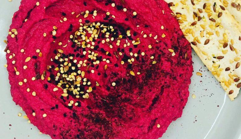 5-Minute Creamy Beetroot Hummus