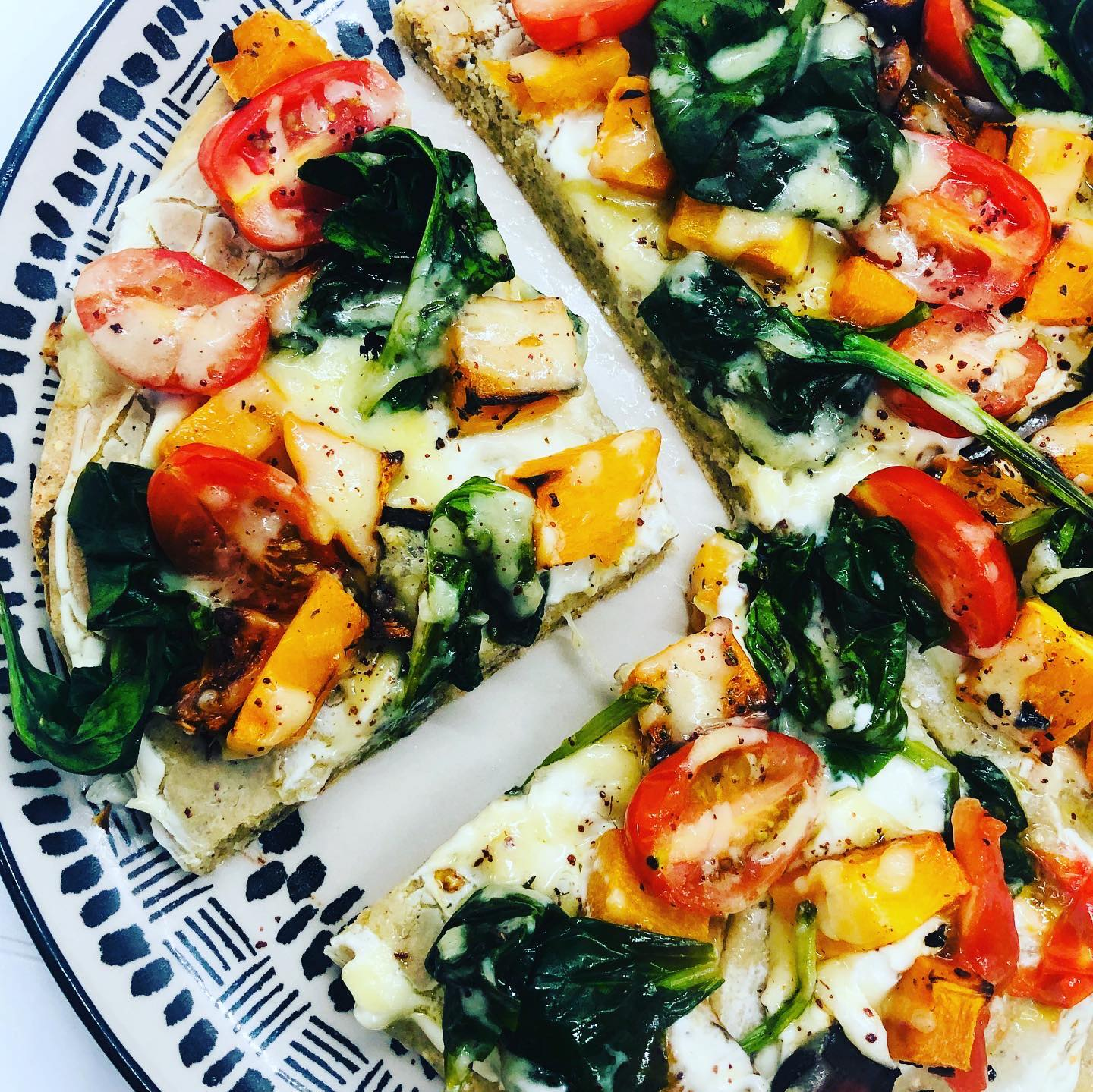 Easy Vegan Quinoa Pizza Crust