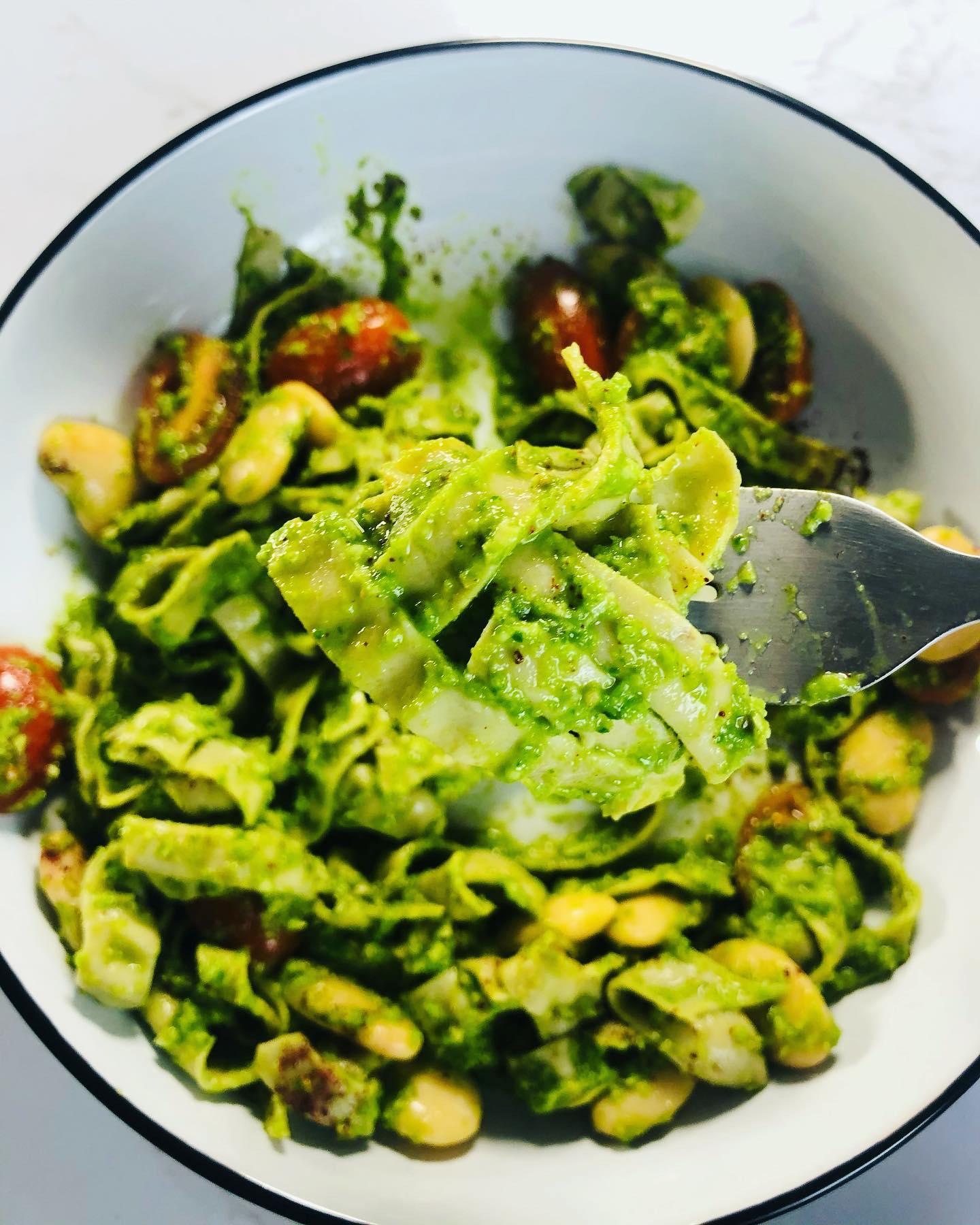 10-Minute Creamy Avocado & Lime Pasta