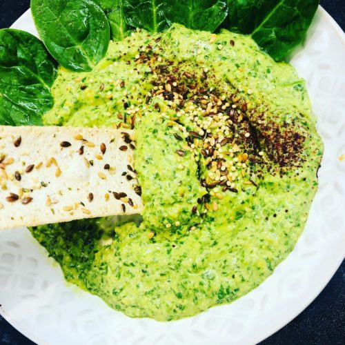 5-Minute Oil-Free Spinach & Parsley Hummus